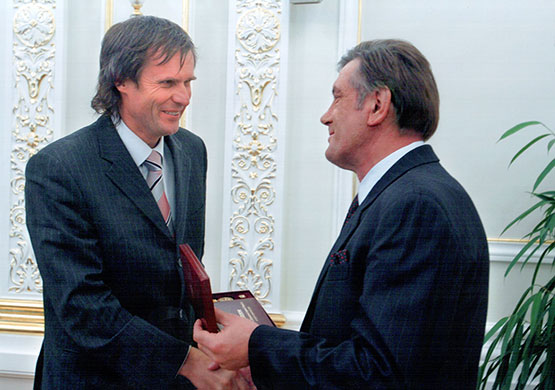 Yuriy Babich and Victor Yushchenko. Ukraine's President gives the State Prize of Ukraine in the field of architecture