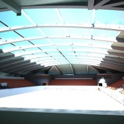 Крытый скейтпарк и хоккейная арена
